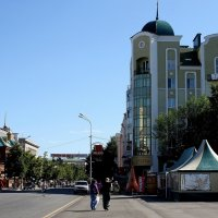 Лето в городе. :: Валерия  Полещикова