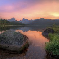 озеро Светлое на рассвете :: Дамир Белоколенко
