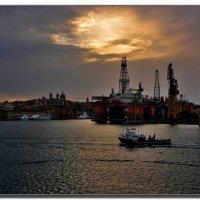 В Мальтийском порту. :: Leonid Korenfeld