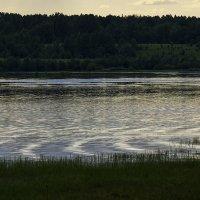 Узор на воде :: Людмила Синицына