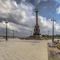 Памятник 1000-летию Ярославля :: Valeriy Piterskiy