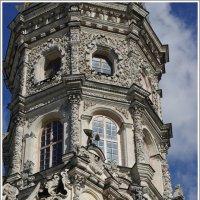 Дубровицы. Знаменская церковь. Декор. :: Николай Панов