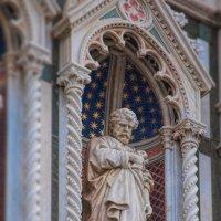 Флорентийский собор, фигура Св. Петра :: Олег Чемоданов