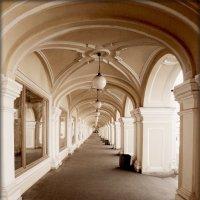 Гостиный двор,другая сторона :: Galina Belugina