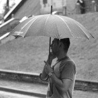 Под дождем. :: Стас