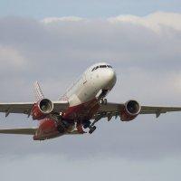 Airbus 319 :: Олег Савин