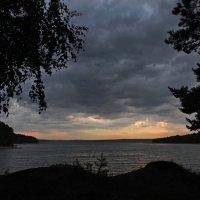 И такой закат бывает... :: Александр Попов
