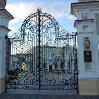 Ворота резиденции президента Татарстана. :: Надежда