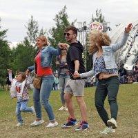 Танцуй, пока молодой :: Тата Казакова