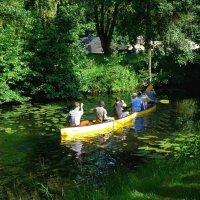 Прогулка на лодках  по каналу :: Nina Yudicheva