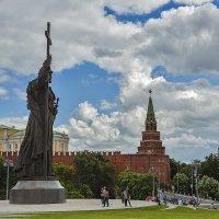 памятник князю Владимиру :: Владимир Иванов