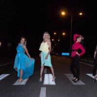 30-летие повод прогуляться по ночному городу :: Ирина Холодная