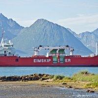 Norwegian hard-working Ship :: Roman Ilnytskyi