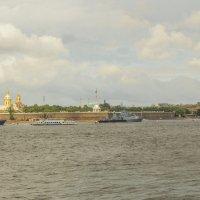 Подготовка к военно-морскому параду на Неве. :: bajguz igor