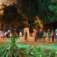 Вечер в парке :: Наталья Городовая