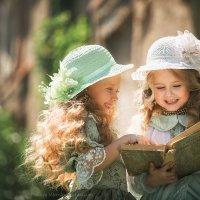 Барышни читают Толстого... :: Наталья Мирошниченко