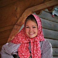 Девушка - волонтер в Семенкове :: Валерий Талашов