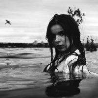 девушка воды :: Владимир Юминов