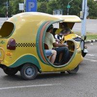 Изобретательные кубинцы - такси :: Яков Геллер