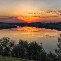 Вот и солнце встает, из-за пашен блестит... (Иван Саввич Никитин). :: Павел Петрович Тодоров