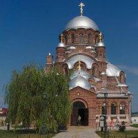 Собор во имя иконы Божьей Матери Всех Cкорбящих Радость :: Rabbit Photo