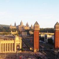 Барселона. Площадь Испании. Венецианские башни.  Вид на Национальный дворец Барселоны :: татьяна