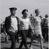 моряк вразвалочку сошёл на берег... :: sv.kaschuk