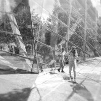 дети у музея 11-го сентября :: Олег Чемоданов