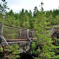 Подвесной мост над проливом Лапинсалми :: Елена Павлова (Смолова)