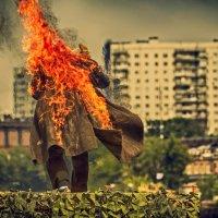 Объятый пламенем :: Александр