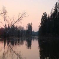 Закат на реке :: Константин Батищев