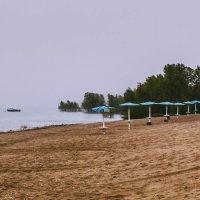 На пляже :: Олег Архипов