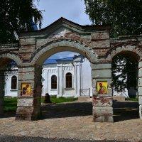 Ворота храма. :: Наталья