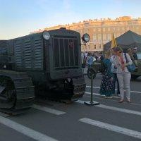 Военная выставка на Дворцовой :: Митя Дмитрий Митя