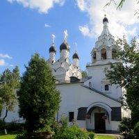 Храм преподобного Сергия Радонежского . 1678 года постройки. Комягино . :: Tatyana
