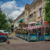 Июльский день на Базарной. :: Вахтанг Хантадзе