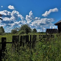 Внутри села Кузьминское... :: Sergey Gordoff