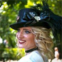 Девушка в шляпе :: Андрей Бондаренко