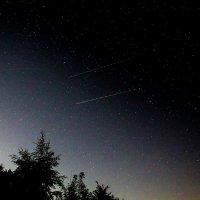 Ночные самолеты и восход Луны :: Анатолий Антонов