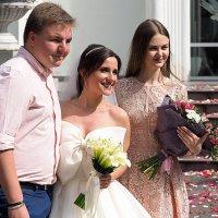 рядом с невестОЙ или зарядиться счастьем :: Олег Лукьянов