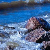 Вода и камень :: Михаил Шагал