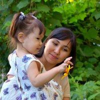 Дочка  Цветок Мама :: Константин Шарун