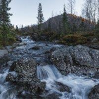 На водопаде :: Владимир Колесников