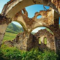 Церковь Успения Богородицы. Поселение Лисри. Мамисонское ущелье :: Ежъ Осипов