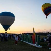 Воздушные шары на закате :: G Nagaeva