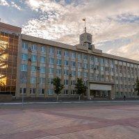 Здание городской администрации :: Дмитрий Костоусов