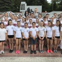 Команда по черлидингу Пантеры на летних сборах :: Центр Юность