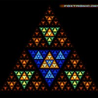 Fractal Triangle :: Andy Kloxx Foxtronic