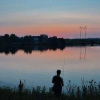 Вечерняя рыбалка :: Александр