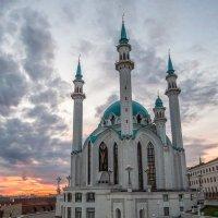 Закат у мечети Кул-Шариф :: Сергей Цветков